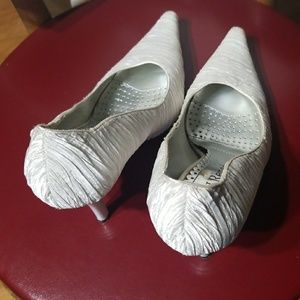 J.Renee Shoes - J.Reneé white covered toe shoes